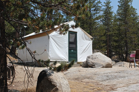 ... and while rather primitive looking the meals served at all the c&s were creative plentiful and delicious. Except for Tuolumne dining is family ... & Trekking the High Sierra - Tuolumne Meadows | Waves In The Desert ...